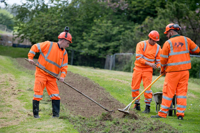 engineers dig dirt at site of Rampion underground cables